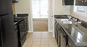 Similar Apartment at 5553 Elmhurst Ave