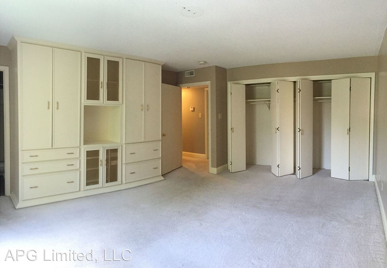 2 Bedrooms 2 Bathrooms Apartment for rent at 727 Bellevue St in Cape Girardeau, MO