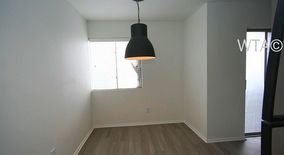 Similar Apartment at 1221 Algarita