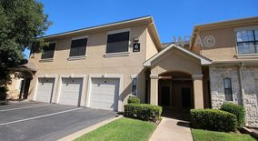 Similar Apartment at 5217 Old Spicewood Springs Rd