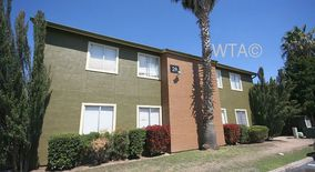 Similar Apartment at 833 Fairfield Dr