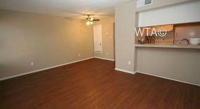 Similar Apartment at 126 W Alpine St
