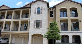 Similar Apartment at 3500 Capital Of Texas N
