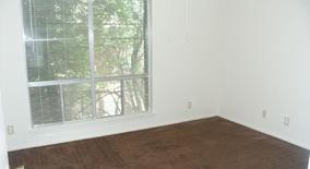 Similar Apartment at 3819 Southway