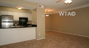 Similar Apartment at 5200 N Lamar Blvd