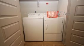 Similar Apartment at 1100 S Lamar