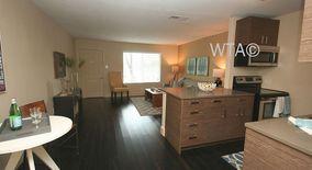 Similar Apartment at 2409 Town Lake Circle