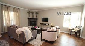Similar Apartment at 6800 Austin Center Blvd