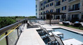 Similar Apartment at 300 E Riverside Dr