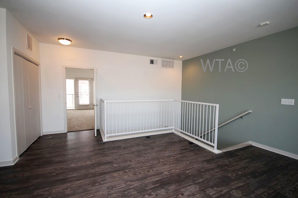 939 S Frio St for rent