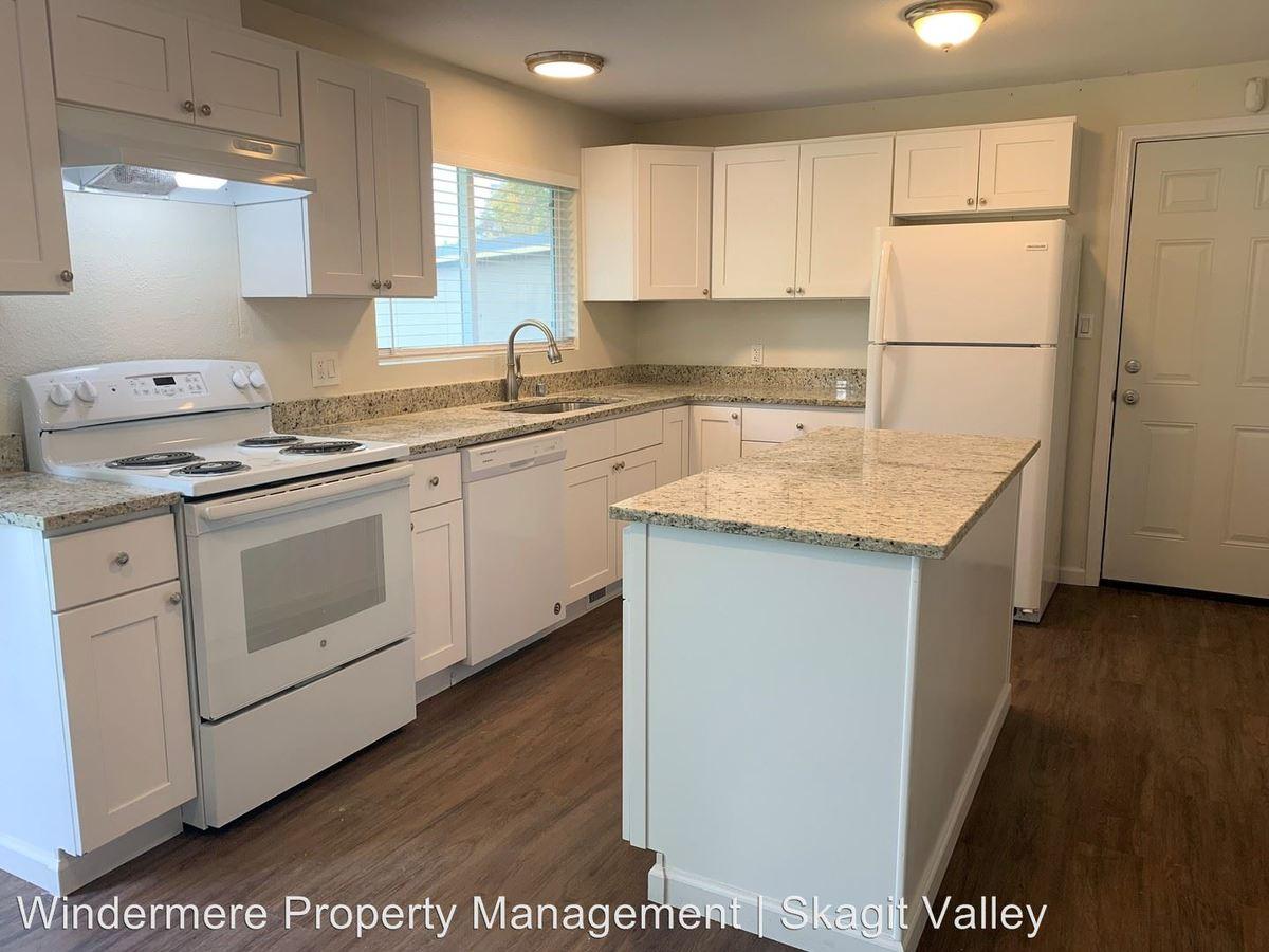 3 Bedrooms 1 Bathroom Apartment for rent at Blackburn, Cleveland, Harrison, & Taylor Street in Mount Vernon, WA