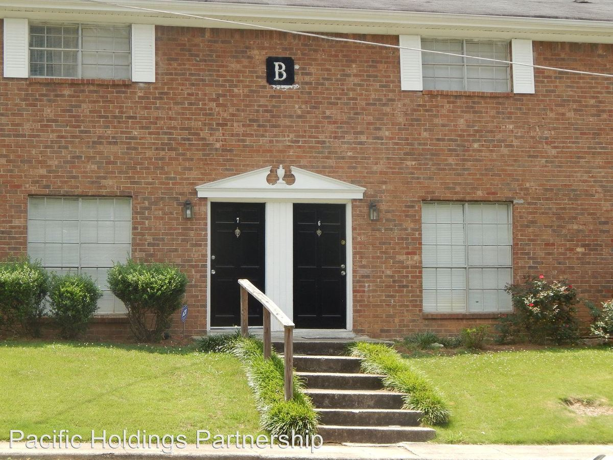 2 Bedrooms 1 Bathroom Apartment for rent at 5271 W Fayetteville Road in College Park, GA