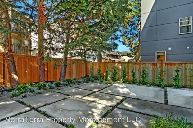 1 Bedroom 1 Bathroom Apartment for rent at 1126 N 90th St in Seattle, WA
