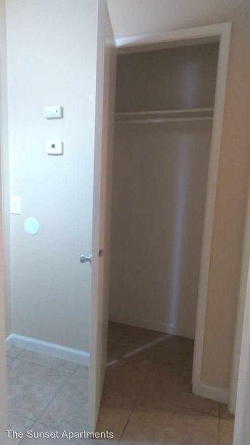 1 Bedroom 1 Bathroom Apartment for rent at 4401 Belle Terrace in Bakersfield, CA