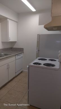 1 Bedroom 1 Bathroom Apartment for rent at 4401 Belle Terrace in Bakersfield, CA