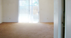 Twin Cir Apartment for rent in Phoenix, OR