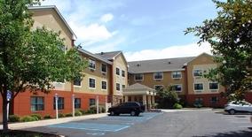 Similar Apartment at N Bell Ave