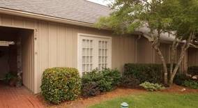River Oaks Blvd Apartment for rent in Jackson, MS