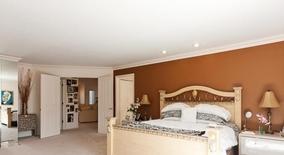 Similar Apartment at Mountainview Rd
