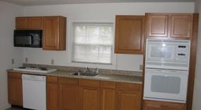 Similar Apartment at Gardiner Ln