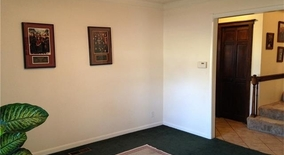 Similar Apartment at E 39th St