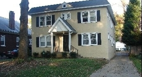 Teal Ave Apartment for rent in Audubon Park, KY
