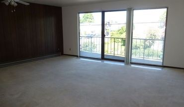 Similar Apartment at 11254 Greenwood Ave N