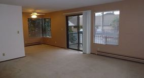 Similar Apartment at 4901 Phinney Ave N