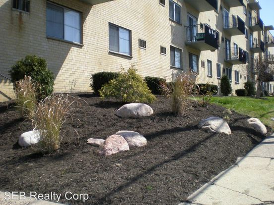 1 Bedroom 1 Bathroom Apartment for rent at 35 South White Horse Pike in Audubon, NJ