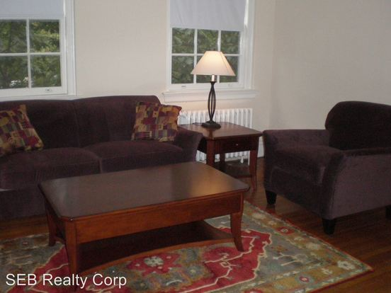 2 Bedrooms 1 Bathroom Apartment for rent at 2 10 Linden Avenue in Haddonfield, NJ