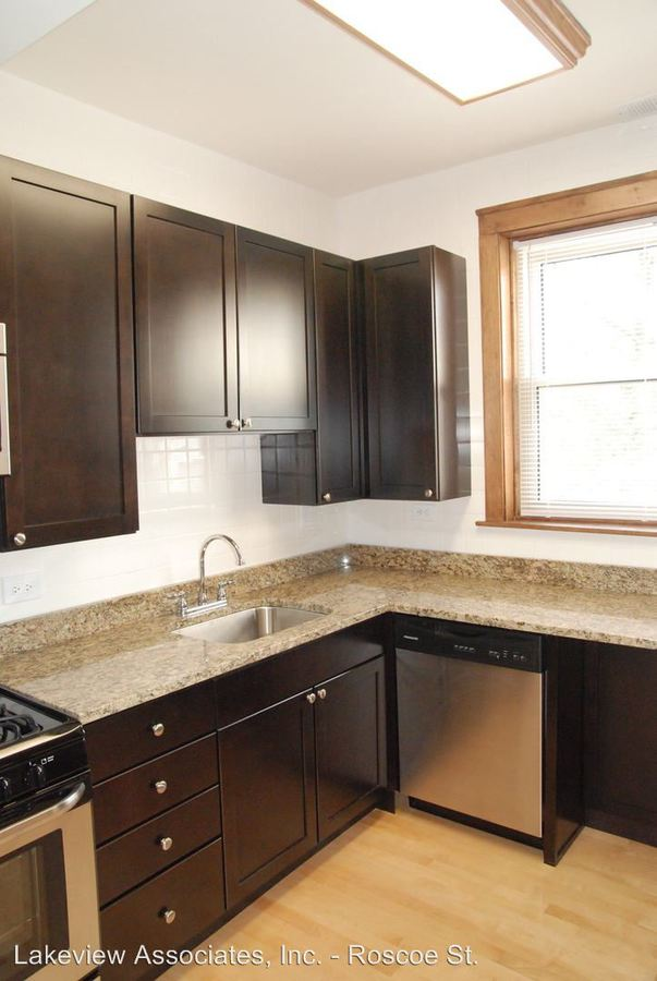 3 Bedrooms 1 Bathroom Apartment for rent at 1535 W. Addison in Chicago, IL