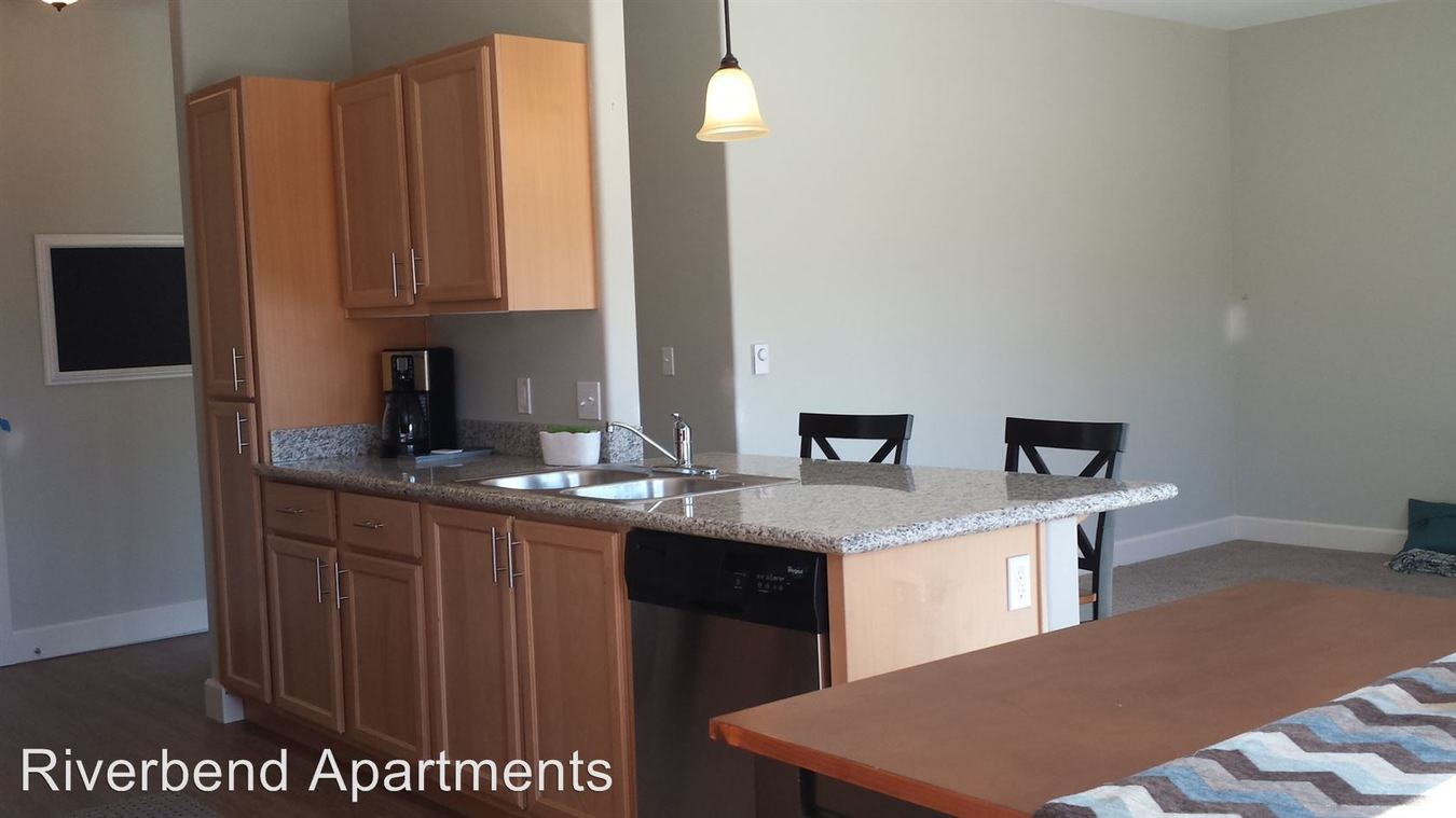 2 Bedrooms 2 Bathrooms Apartment for rent at 1605 Oak St Se Office in Albany, OR