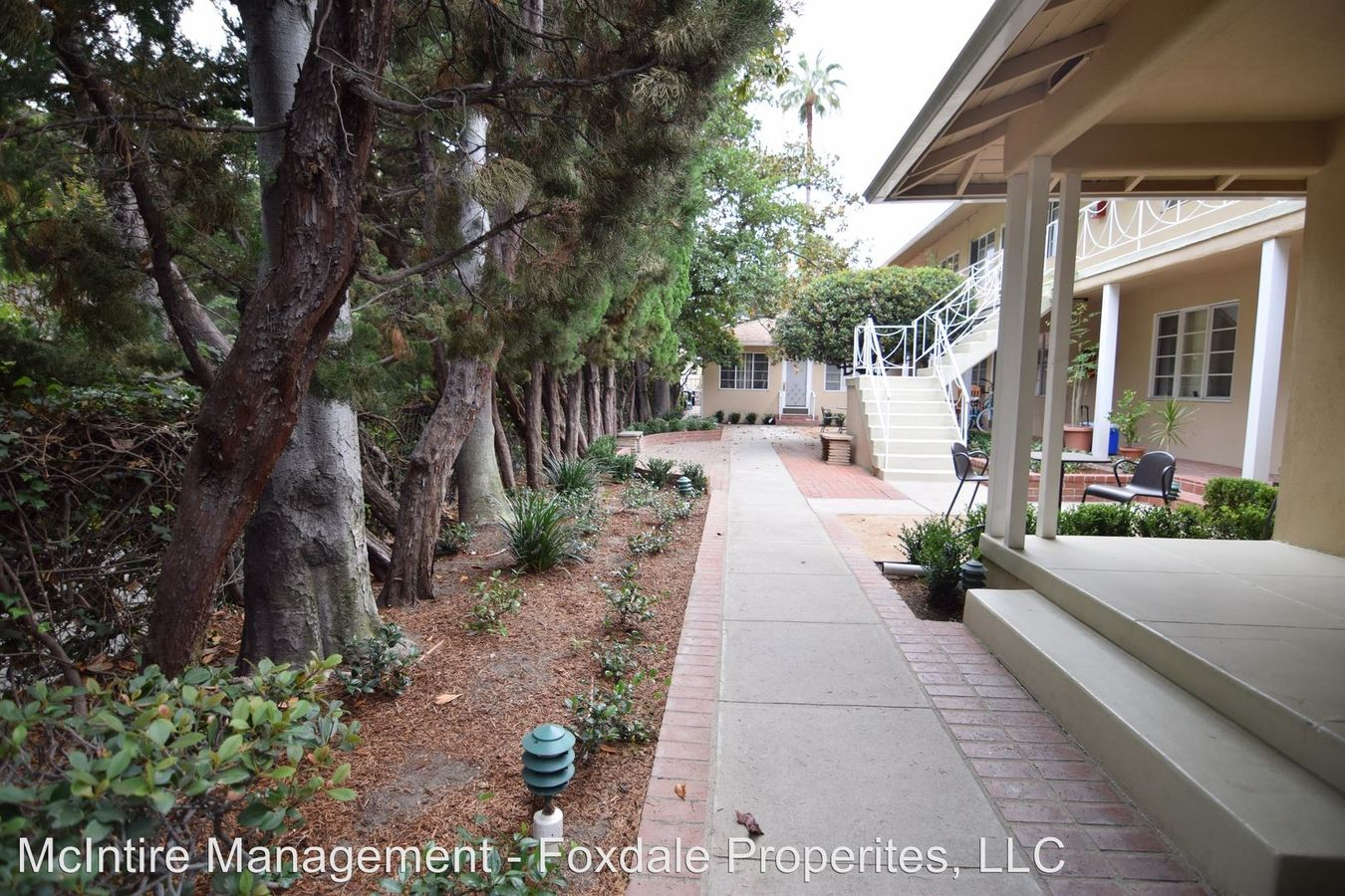 1 Bedroom 1 Bathroom Apartment for rent at 495 S. Madison Avenue in Pasadena, CA