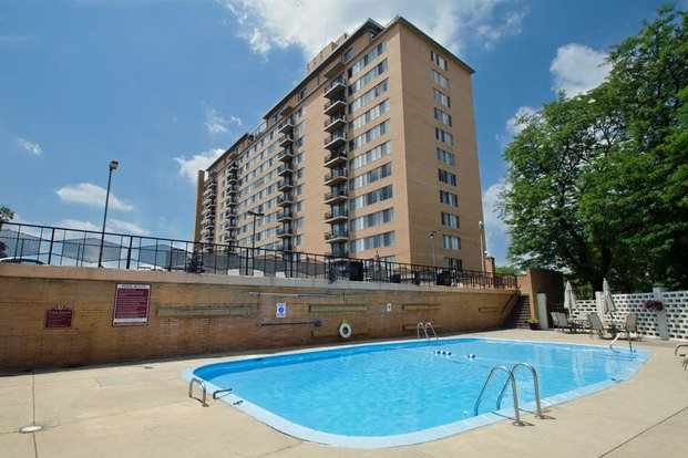 Executive Towers Apartments Toledo Oh