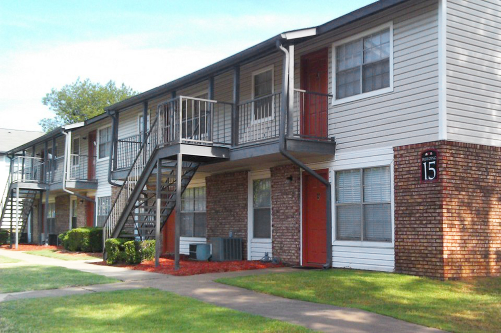 Apartments Near Arkansas The Berkley for Arkansas Students in , AR