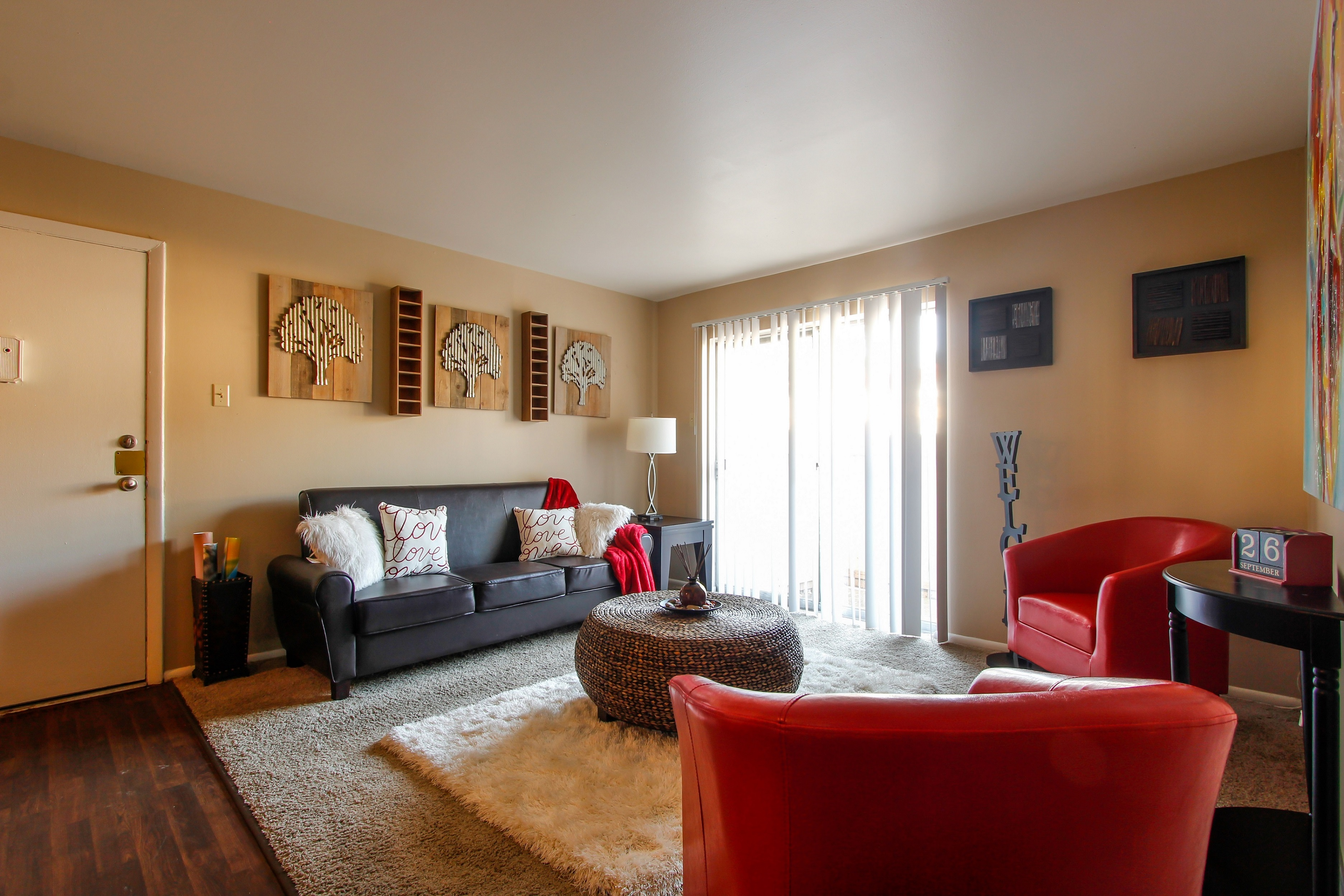 Apartments Near Lindenwood Cedar Trace for Lindenwood University Students in Saint Charles, MO