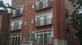 Similar Apartment at 924 W Cornelia Ave