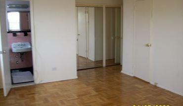 Efficiency Studio Apartment Laundry On Site/larchmont