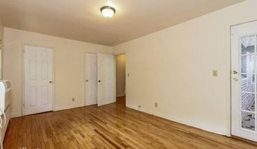 Must See Newly Renovated 4 Br, 2 Ba Duplex