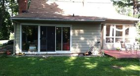 Lovely Renovated 4 Bedroom Home Hartsdale