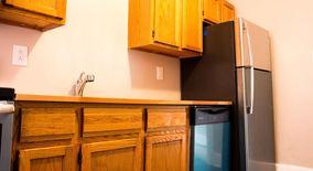 Similar Apartment at 815 E Warrington