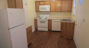 Similar Apartment at 5587 Ironwood Ct