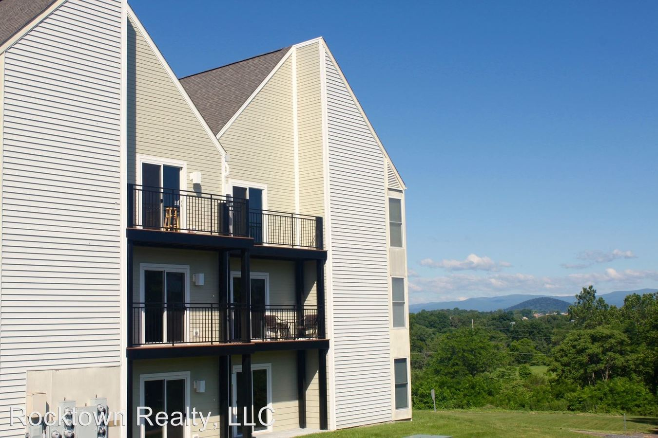 Tremendous 1330D Hunters Road Harrisonburg Va Apartment For Rent Download Free Architecture Designs Scobabritishbridgeorg