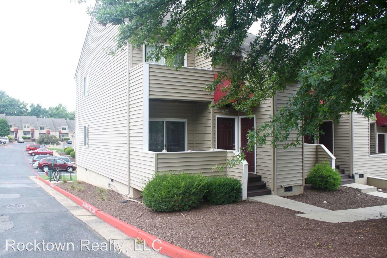 4 Bedrooms 2 Bathrooms Apartment for rent at 1324 Bradley Drive in Harrisonburg, VA