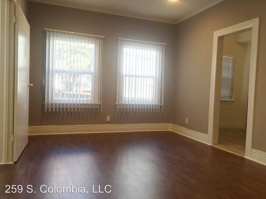 1 Bedroom 1 Bathroom Apartment for rent at 259 Columbia Ave in Los Angeles, CA