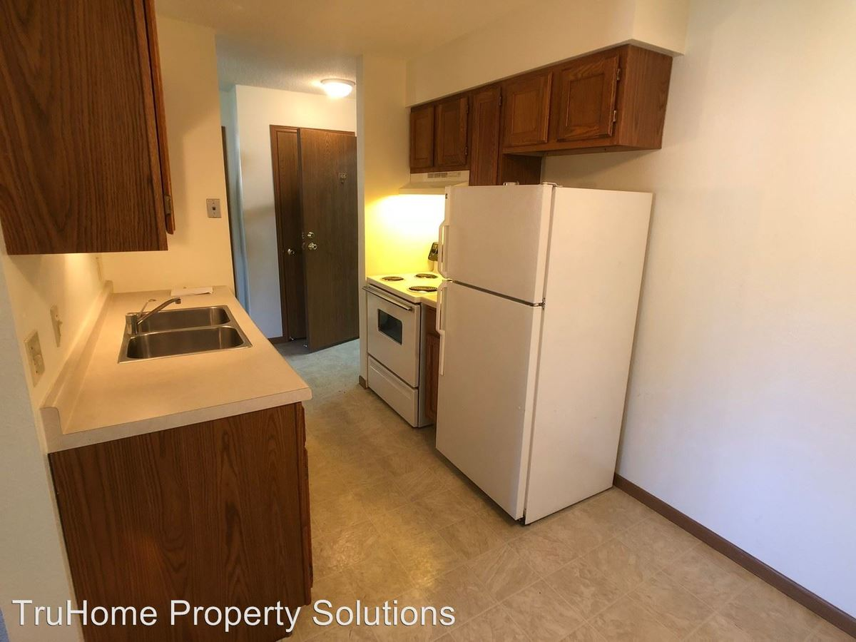 1 Bedroom 1 Bathroom Apartment for rent at 2134 8th Ave Nw in East Grand Forks, MN