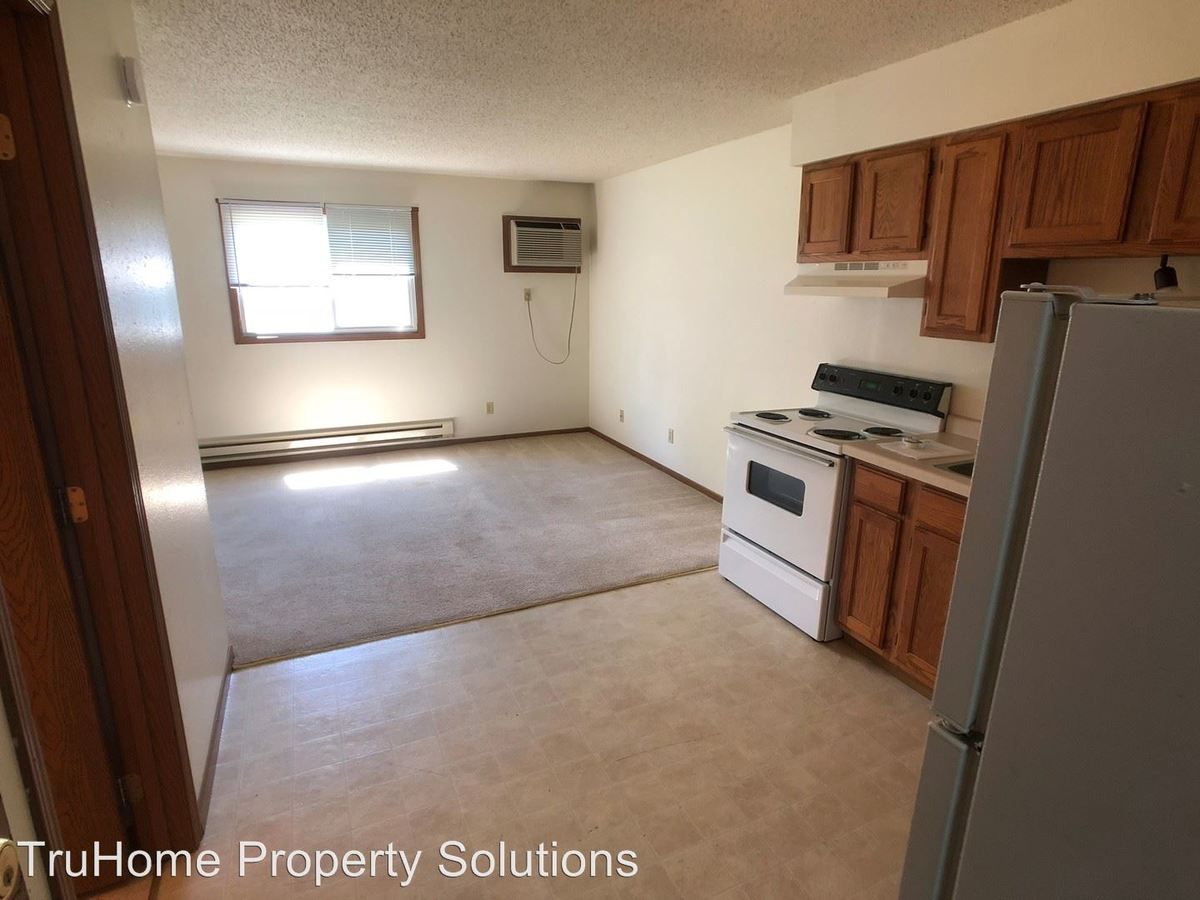 Studio 1 Bathroom Apartment for rent at 2144 8th Ave Nw in East Grand Forks, MN