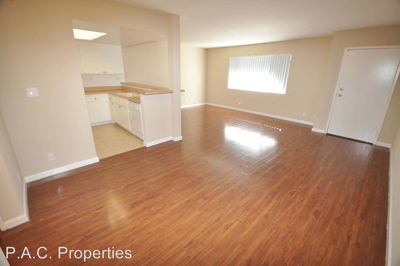 1 Bedroom 1 Bathroom Apartment for rent at 6401 Riverton Avenue in North Hollywood, CA