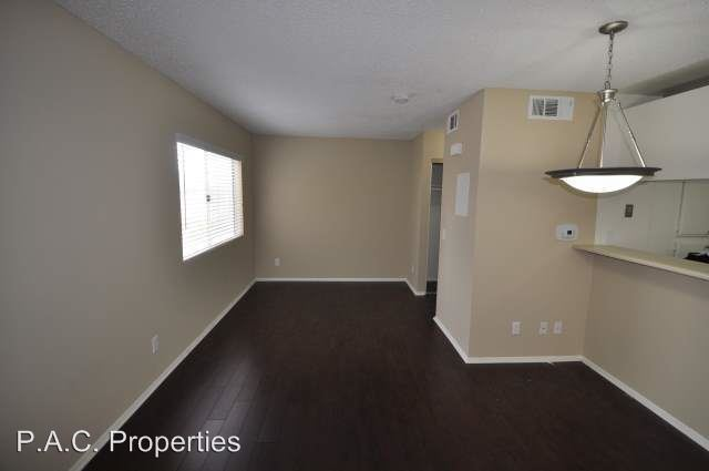 Studio 1 Bathroom Apartment for rent at 15520 Foothill Boulevard in Sylmar, CA