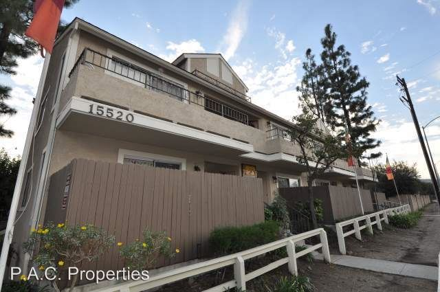 2 Bedrooms 1 Bathroom Apartment for rent at 15520 Foothill Boulevard in Sylmar, CA